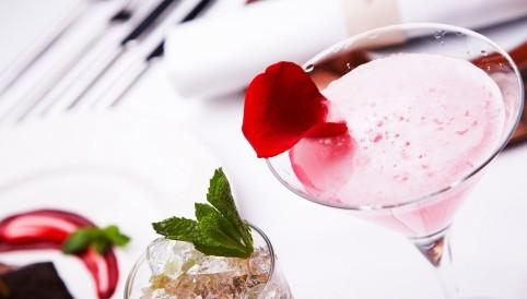 Rose-Petal-Martini-1024x584
